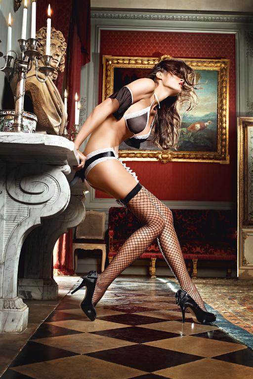 Чулки Careless French Maid высокие в крупную сетку черные (42-46)